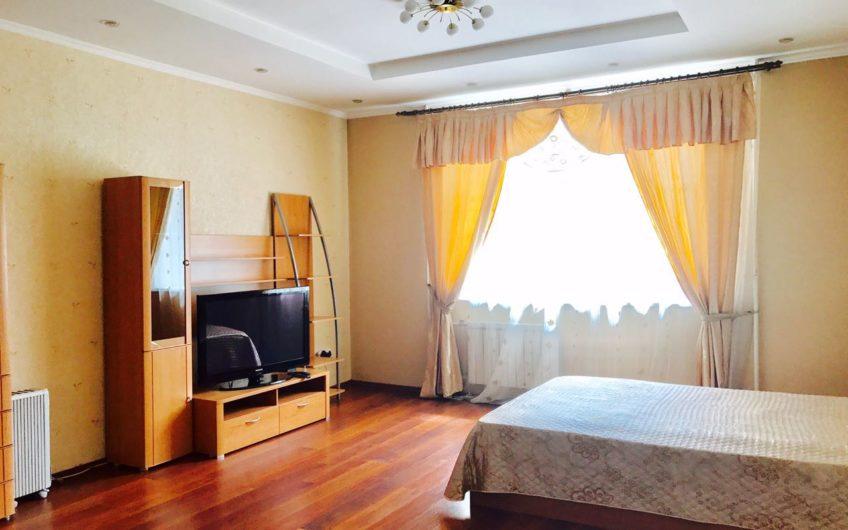 1 комнатная Батурина 9